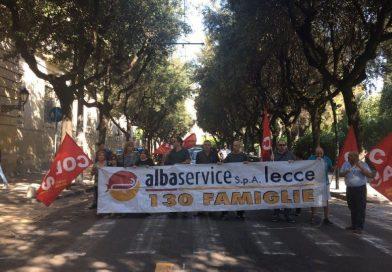 Sit-in in Via XXV Luglio nei pressi della Prefettura di Lecce il 17 Ottobre 2017