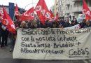 lavoratori della Santa Teresa di Brindisi e di Alba Service di Lecce in corteo a Bari