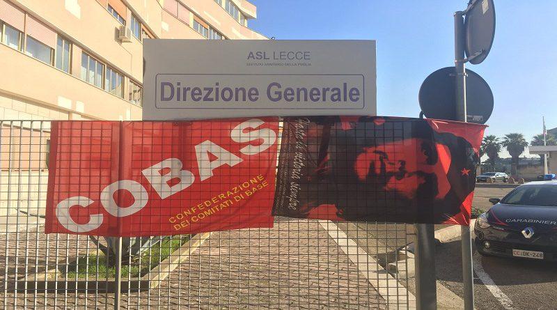 sit-in di protesta a Lecce del 21 ottobre Asl di Lecce pagamento sostitutivo dipendenti appalti